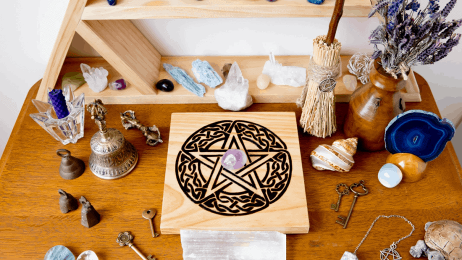 Decorative image of a pentacle for spiritual protection