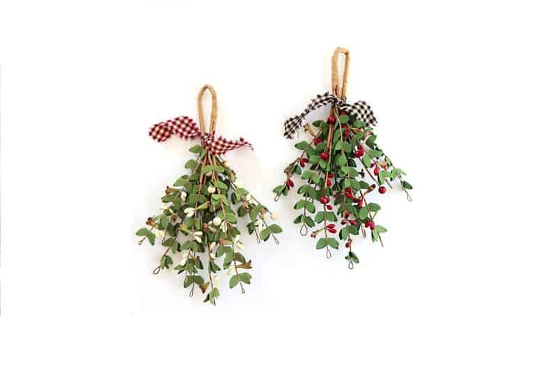 Cute Mistletoe Decoration