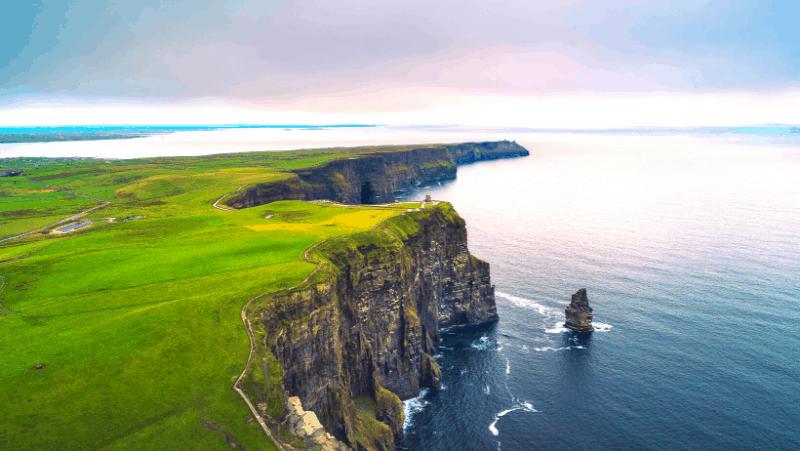 The Irish ocean and green grass