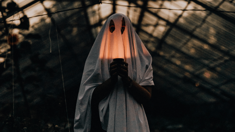 Ghost with a glowing face